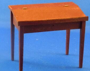 Dollhouse Miniature Furniture, Desk in twelfth scale; 1:12 scale.  Item #D307