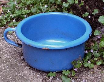A Vintage 1950 - 1960's forget-me-not blue enamelware chamber pot / garden planter / retro VW camper van camping / Gardenalia / Kitchenalia