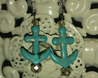 Champagne & Anchor Earring