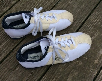 RARE Vintage 1980's Reebok Racing Club Shoe, Size 6.5 Women's, Tennis Shoe