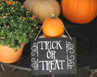 Trick or Treat Hanging Chalkboard
