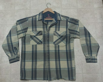 Vintage Mens Flannel ***price lowered***