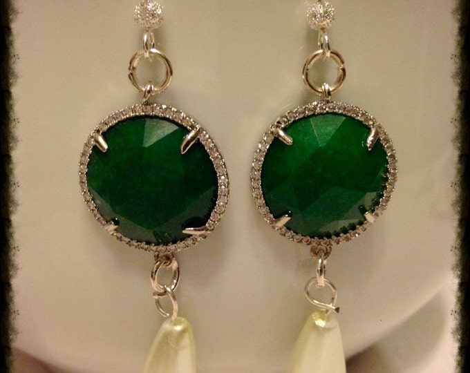 "Earrings ""drops of jade and strass"""