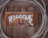 Welcome Wood Sign, Horseshoe, Distressed Wood Decor, Wall Decor, Wall Hanging, Western Sign, Rustic Sign