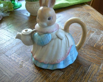 SALE Takahashi Hand Painted Bunny Teapot