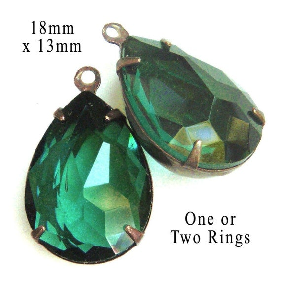 sheer emerald green glass jewels stones or beads...pretty teardrops for earrings or pendants