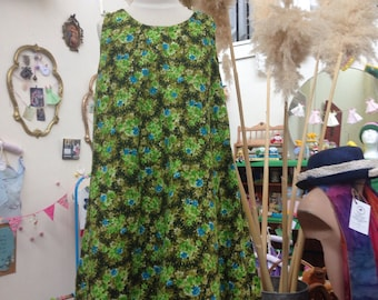 OOAK Vintage Fabric Dress in Size 6 - 10 green floral boho Summer singlet sleeveless Girl