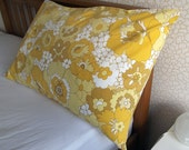 Vintage Single Pillowcase - Yellow Flowers
