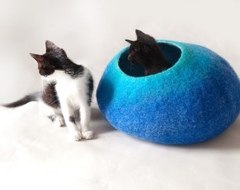 Cat Nap Cocoon / Cave / Bed / House / Sleep Vessel / Furniture - Hand Felted Wool - Crisp Contemporary Design - Teal to Blue Bubble