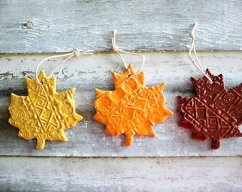 Autumntime Clay Leaves, Decoration Ornaments, Colorful Hanging Leaves, Set of 3
