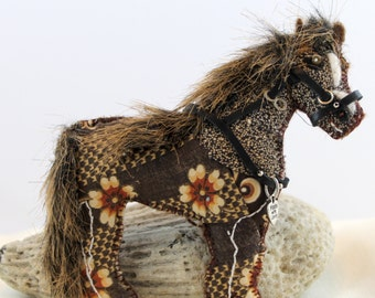 Standing Dotted Calico Arabian  Mare Horse Quilty Critter  OOAK, Novelty, Folk art, Equestrian, Ornament