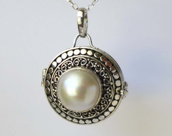Pearl Sterling Silver Locket Keepsake Pendant With Chain Necklace PL15
