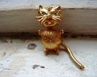 FREE SHIPPING Vintage Goldtone Cat Brooch Pin with Green Rhinestone Eyes and Moveable Tail
