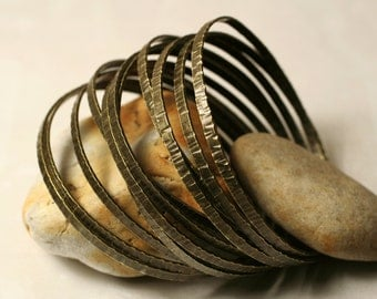Stacking Bangle Bracelets, Antique Brass Bangles, Handmade Bangles, Hammered Bangles, one piece (item ID ABRN62)