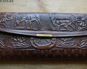 Vintage Mexican leather wallet    Genuine leather Hecho in Mexico   Embossed tooled leather horses and horse shoes