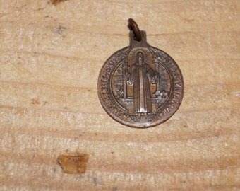 Vintage brass  Latin Saint Benedict Medal Eius in obitu nostro praesentia muniamur May we at our death be fortified by His presence
