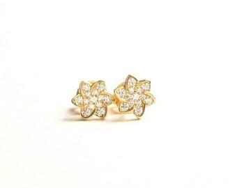 Flower Stud Earrings/Crystal Pave/Simple Elegant Jewelry