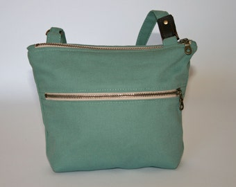 Anne Crossbody Bag in Turquoise