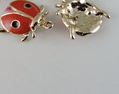 lady bug bead  enamel beetle  gold plated charm pendant jewelry findings  quantity  2 (DRW158)