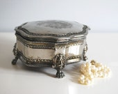 Vintage Jewelry Box Silverplate International Silver Metal Etched Trinket Box Romantic Storage Container Hollywood Regency Valentines Day