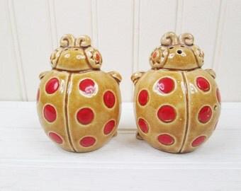 Vintage Ladybug Salt & Pepper Shaker Set Ceramic Made In Japan Lady Bugs Retro