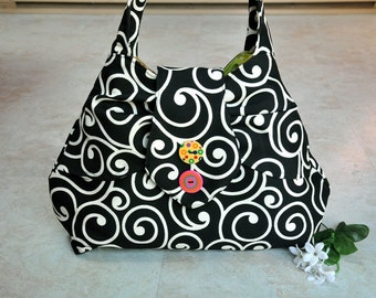 Beautiful black and white purse, one of a kind shoulder bag, unique womens handbag with pockets, cute tote bag with multicolor batik lining