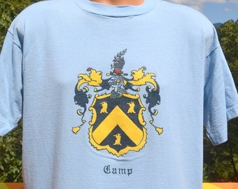 vintage 80s t-shirt CAMP family crest heraldry coat of arms soft thin XL Large light blue