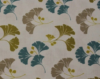 So Chic in Aqua by Quilting Treasures - 1 Yard - Cotton Fabric / Fabric by Yard / New Fabric / Sewing Supplies / Quilting Cotton