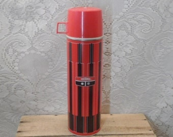 Vintage Thermos brand thermos red and black King-Steeley