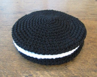 Oreo Cookie Potholder Set of 3. Round Cookie Potholders. Novelty Potholder Set. Cookie Hot Pads. Kitchen Decor/Kitchen Helpers. Hostess Gift