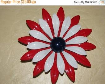 ON SALE 1960's Enamel Flower Jewelry Pin Retro 60's  Funky Love  Posey, Flower Power , USA,  America, Patriotic