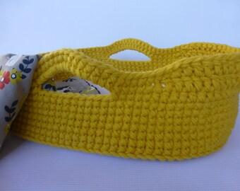 Crocheted Doll Moses Basket and Blanket, Gold/Jackalopes