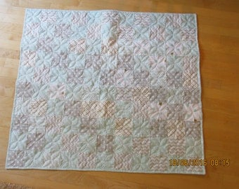 Baby/Crib quilt - reduced