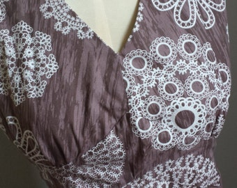 Donna Reed Woodland Lace Apron Small