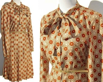 Vintage 70s Secretary Dress Op Art Print Burnt Orange Polyester NOS – M