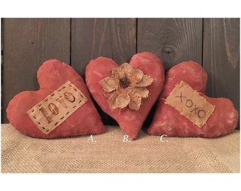 Red Primitive Hearts Set of Three