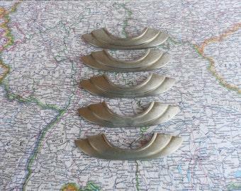 SALE! 5 vintage Deco style curvy silvertone metal handles