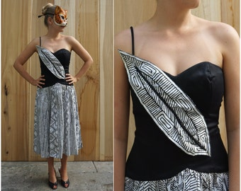 Rockin' Vintage 80's Black and White Asymmetric One Shoulder Geometric Party Dress by Victor Costa | Small Medium