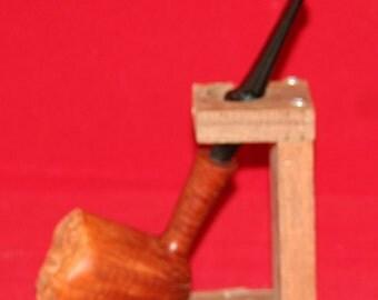 Briar pipe