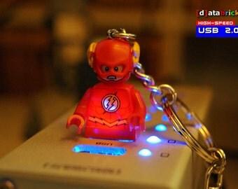 USB 2.0 Stick in original Lego® Minifigure Keychain 8 to 16GB