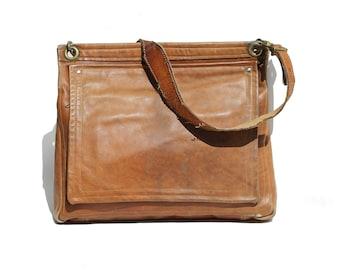 Vintage Men's Brown Leather Shoulder or cross-body Bag