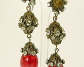 Vintage Signed Vogue Rhinestone Art Glass Earrings Dangle Etruscan Style