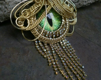 Gothic Steampunk Green Cat Eye Pin Pendant with Rhinestones