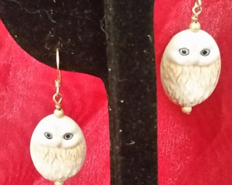 E1075 Hand Painted Porcelian Owl Earrings