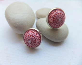Red and White Mosaic Studs Silver plated cameos - 12mm resin cabachons.