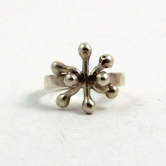 Vintage Sterling Silver Modernist Snowflake Ring