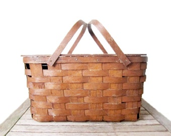 Vintage Woven Picnic Basket - 1950s Wood Basket with Hinged Lid - Primitive Rustic Country Cabin Decor
