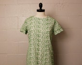 Vintage 1960's Laiglon Green Embroidered Floral Shift Scooter Dress M
