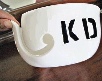 Personalized large yarn bowl, custom yarn bowl with initials, white yarn bowl with initial, custom gift - Made to order