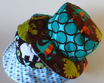 Bucket sun hat for babies and toddlers, reversible, with dinosaurs and animals, blue hat